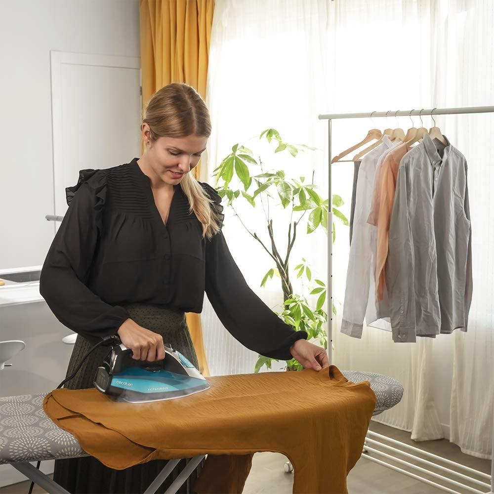 mejor plancha Cecotec para planchar ropa todos los días rápido y al mejor precio, en nuestra tienda online